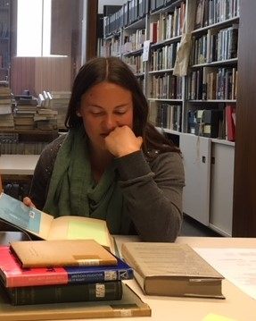 Sarah Lundy.reading